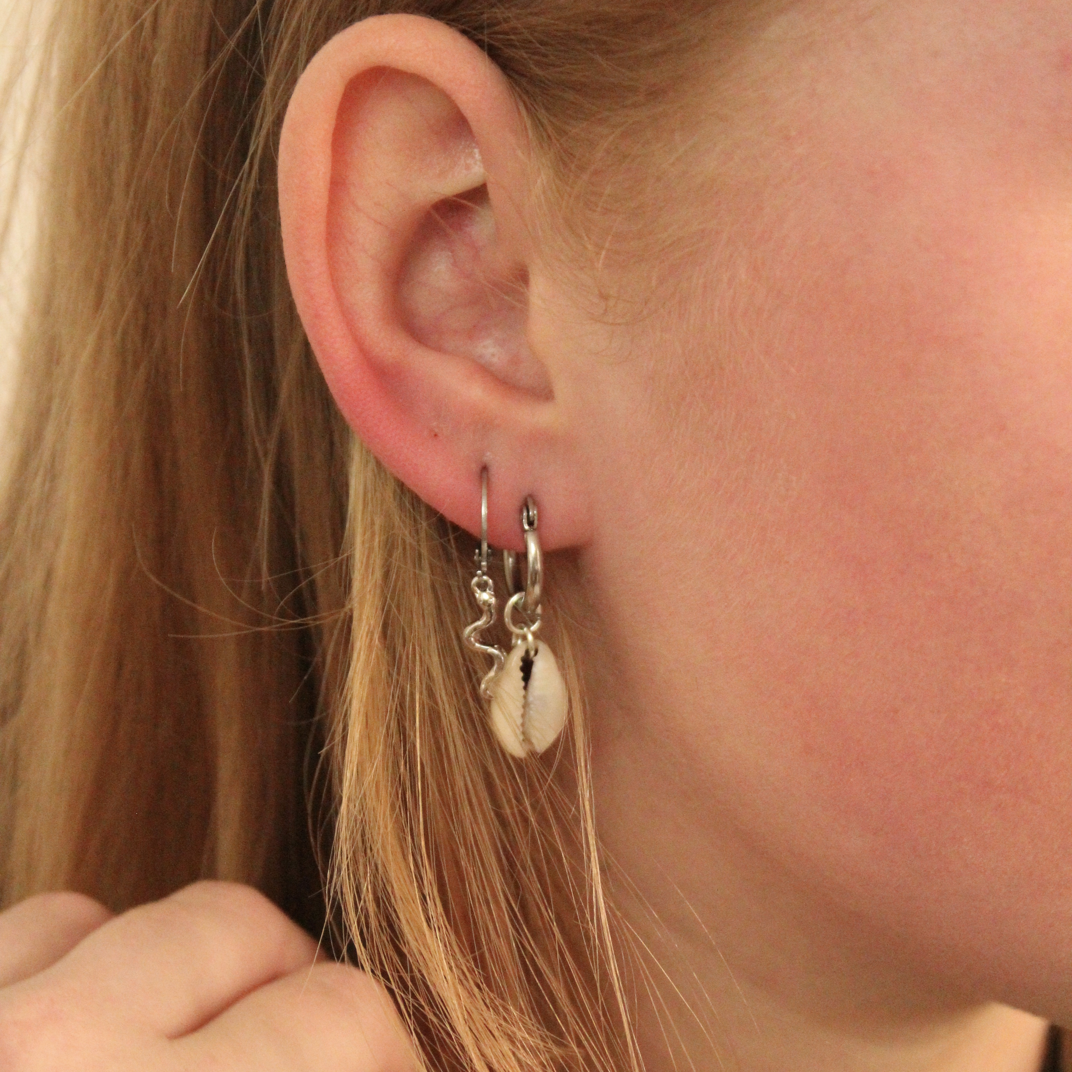 Small snake hoops silver
