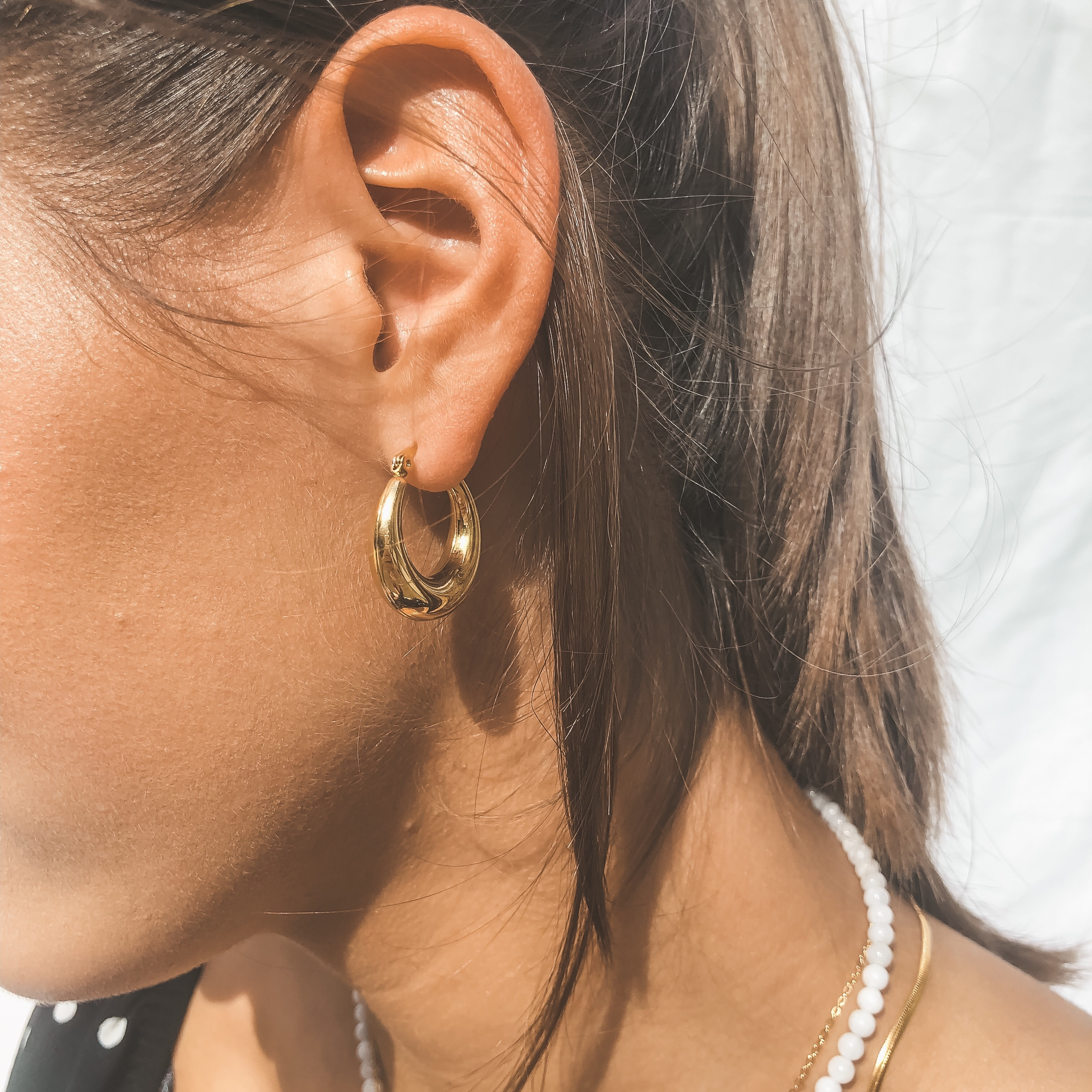 Round hoops gold